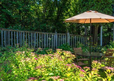 Village Green Lodge garden