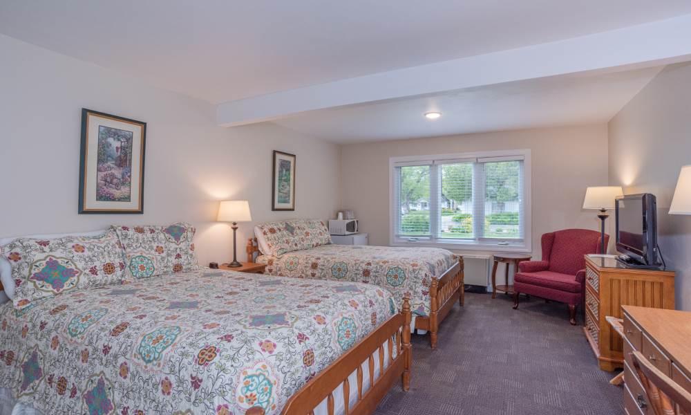 Lodge Double Courtyard 1st Floor - Room 103 Double Beds